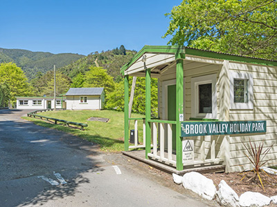 brook valley holiday park promo